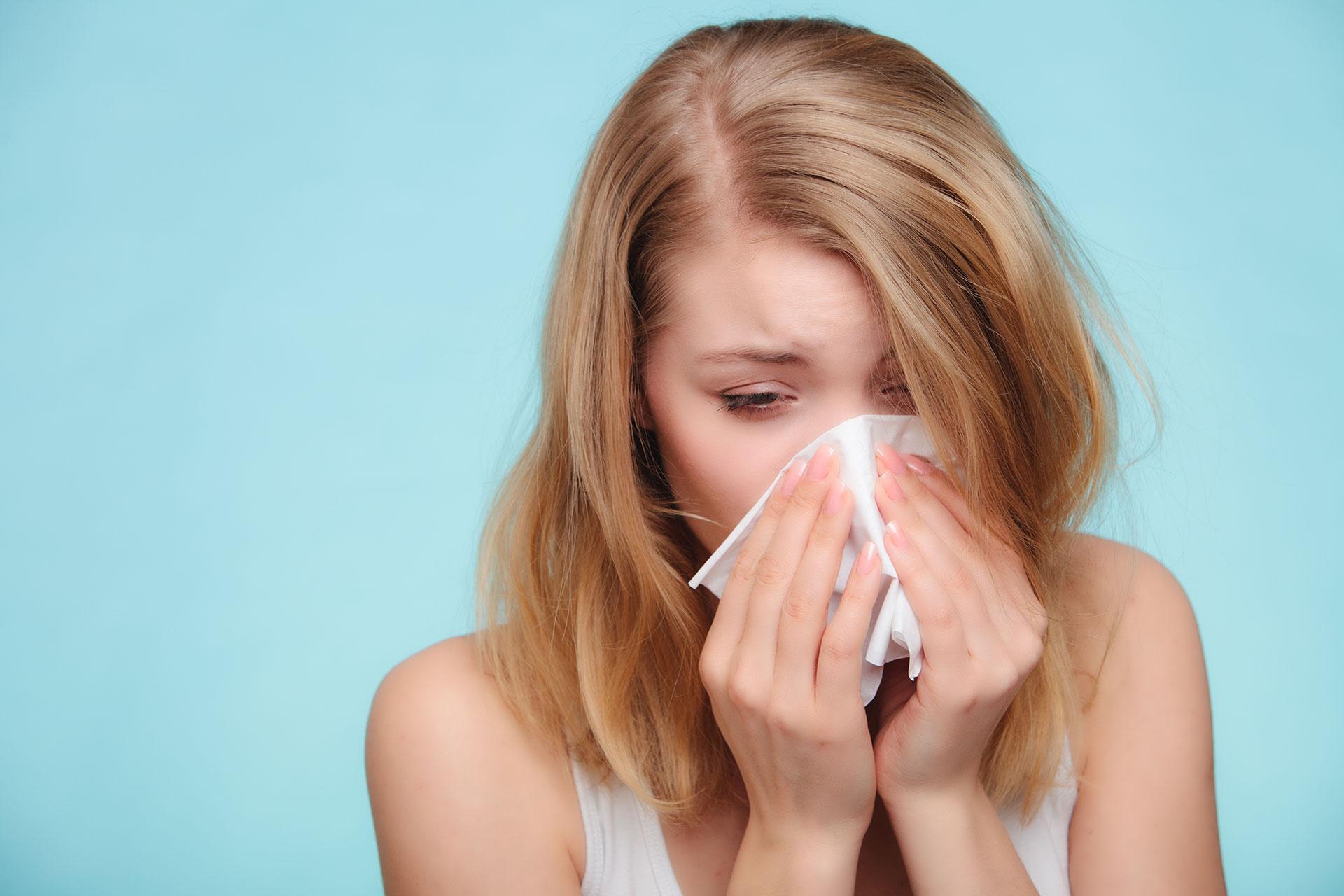 girl-sneezing-websize
